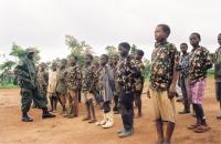 """Dětští vojáci v """"politicky přeškolovacím táboře"""""""
