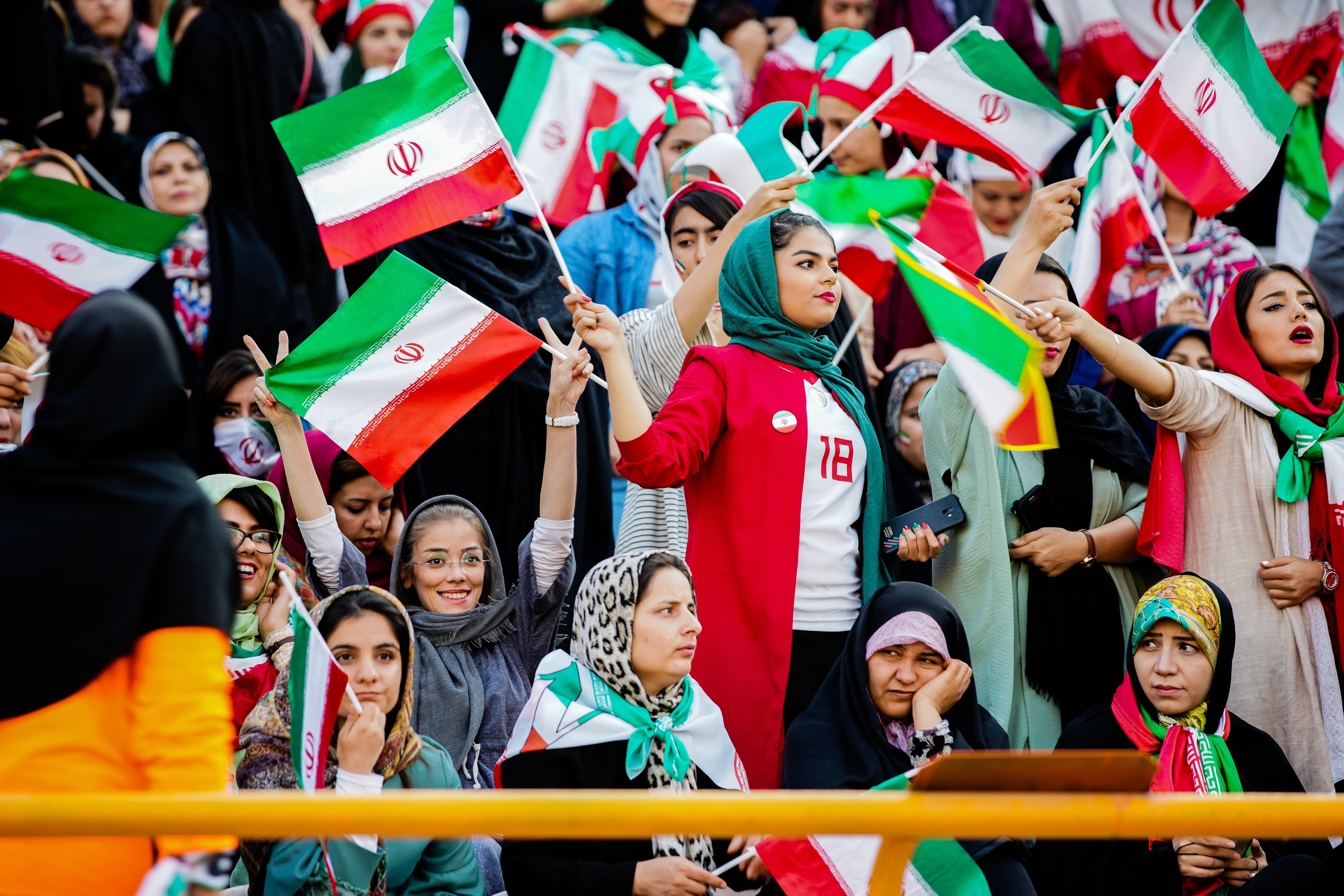 Nekonečný boj za rovnoprávnost: postavení žen v Íránu