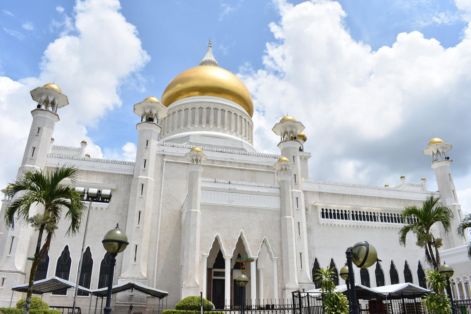Trest smrti ukamenováním a kriminalizace homosexuality: to je současná Brunej